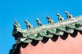 Tradiční keramické střešní strážci Lama Temple, Peking