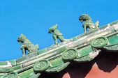 Glasierte Keramik Wächter auf dem Dach des Lama-Tempels, Beijing