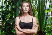 Bruneta žena s moderní make-up