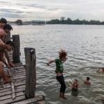 Постер, плакат: Myanmar children playing in water