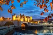 Slavný Conwy hrad v Wales, Velká Británie, Walesh řada hradů a zámků