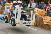 Versenytársak Racing busz jármű fedélzeti kap Soap Box Derby
