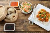 Pohled shora asijské potraviny