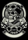 Ročník Biker lebka s emblémem zkřížené písty