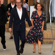 Постер, плакат: Jennifer Grey and Clark Gregg
