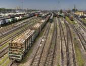 Připravena k dodání nákladní vozy seřaďovací nádraží ruských železnic