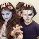 Постер, плакат: Zombie apocalypse kids