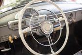 A klasszikus vintage autó belső