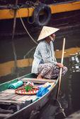 Tamcoc, ninhbinh, Vietnam - 16 května 2015: neznámé ženy na