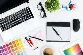 Professionelle kreative Grafik Designer Schreibtisch