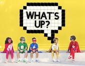 Superhrdina děti hrát a bavit se