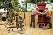 Tradiční víno lisování