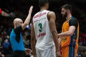 Anthony Randolph (L) and  Bojan Dubljevic (R) during the game