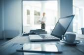 Výkonné postavení ve své kanceláři
