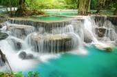 Tiefen Wald Wasserfall, Huay Mae Khamin, Kanchanaburi, Thailand