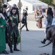 Постер, плакат: Cosplayers dressed as the character Lady Loki and Loki