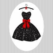Malé večerní šaty černé na ramínka