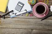 Káva a kancelářské potřeby