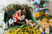Szűz Mária Jézus szült, és fekszik a jászol, Chris