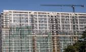 Außenwand eines mehrstöckigen Gebäude im Bau