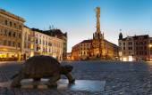Olomouc, Česká republika - 2 července 2015 - noční fotografie ze sloupu Nejsvětější Trojice