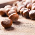 ������, ������: Hazelnuts on wooden background