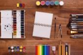 Stolní pracovní designer, umělec, malíř
