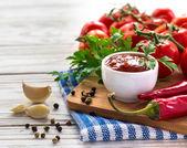 Kečup. Rajčatová omáčka salsa
