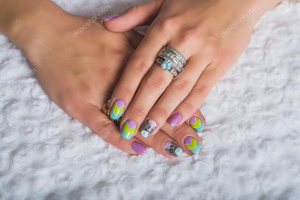 Summer nail art with chevron design with teddy bear picture — Stock ...