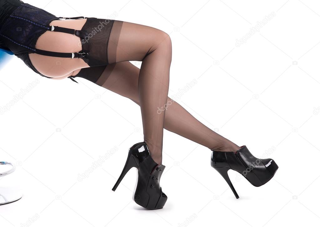 7ef640461a Piernas mujer sexy en medias de nylon — Foto de stock © Elisanth ...