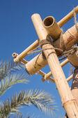 stavební prvky krovu z bambusu