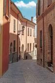 Straße in der Stadt in Italien