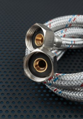Water flexible hoses in metallic braiding