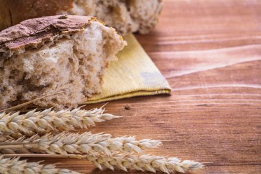Slice of bread with wheat ears