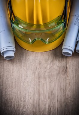 Goggles blueprints and hard hat