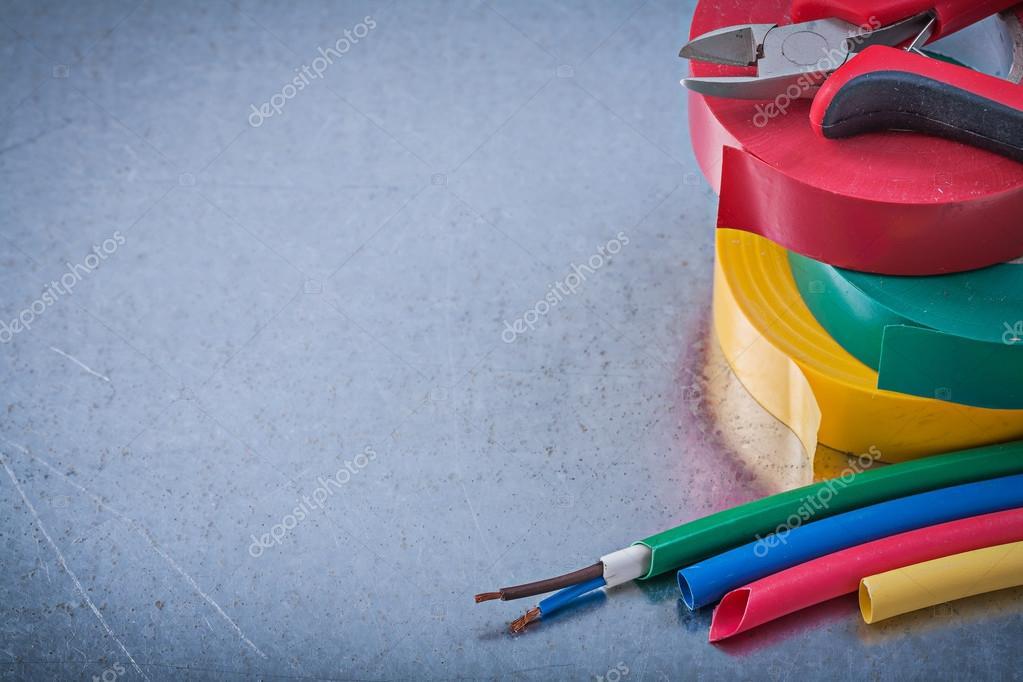 Isolier-und Klebebänder, Zangen, elektrische Drähte — Stockfoto ...