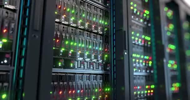 Server in der Nähe. Moderne Rechenzentren. Cloud-computing. Endlos wiederholbar 8 k 4k Uhd