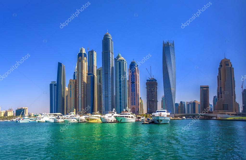 dubai emiratos rabes unidos de octubre edificios modernos en dubai marina