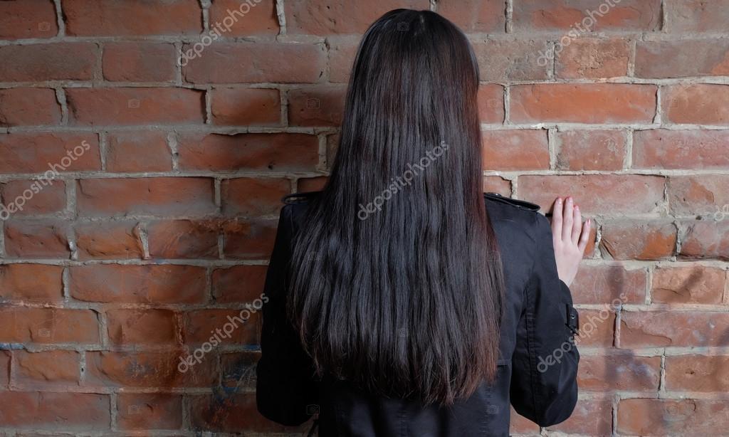 Огромные картинки женщин красивых брюнеток сзади