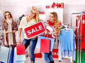 karácsonyi értékesítési bevásárló nők
