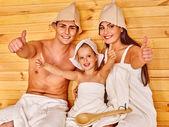 Fotografie Lidé v klobouku v sauně