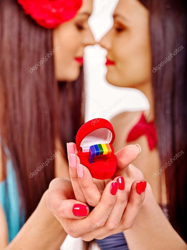 single lesbian women in platinum Single new york lesbian older women interested in senior dating looking for new york lesbian older women search through the latest members below to find your perfect partner.