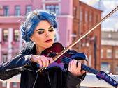 Fotografie Frau spielen Violine allein