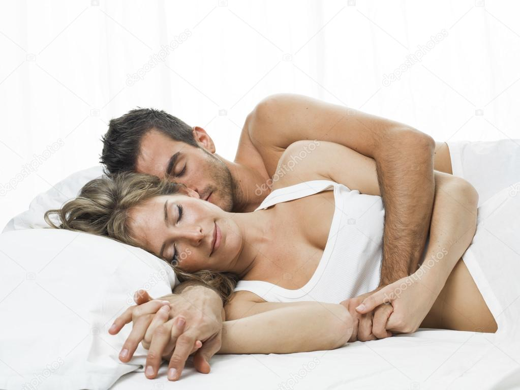 how to be romantic in bed
