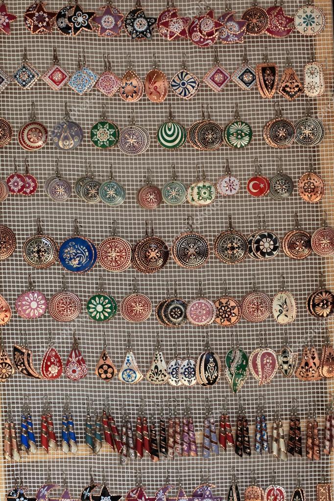 neues Hoch Niedriger Verkaufspreis bester Service Arabische Ohrringe — Stockfoto © AChubykin #54568627