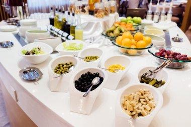 buffet style breakfast