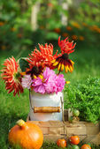 Photo Beautiful autumn arrangement