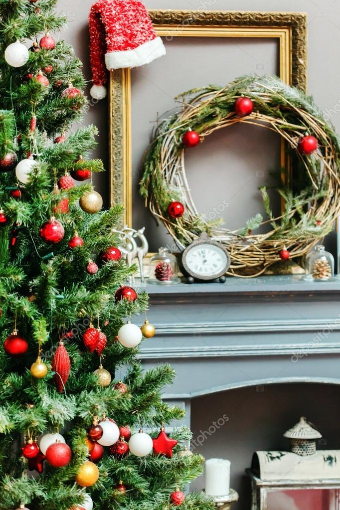 Рождественская елка с украшениями — Стоковое фото ...
