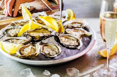 Opened Oysters with lemon
