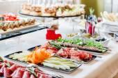 Občerstvení na rautový stůl